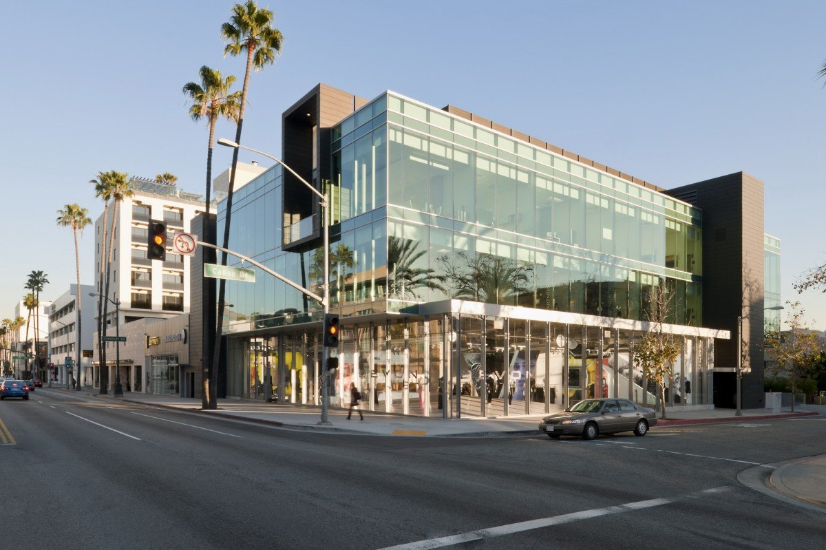 9378 Wilshire Blvd. Retail and Offices