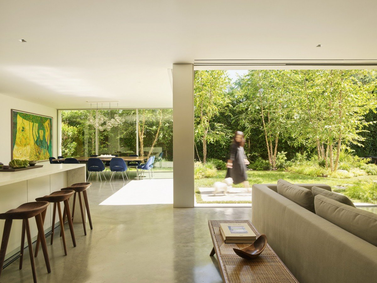 REDFIN ROUNDS UP TIMELESS RESIDENTIAL DESIGN FEATURING EYRC